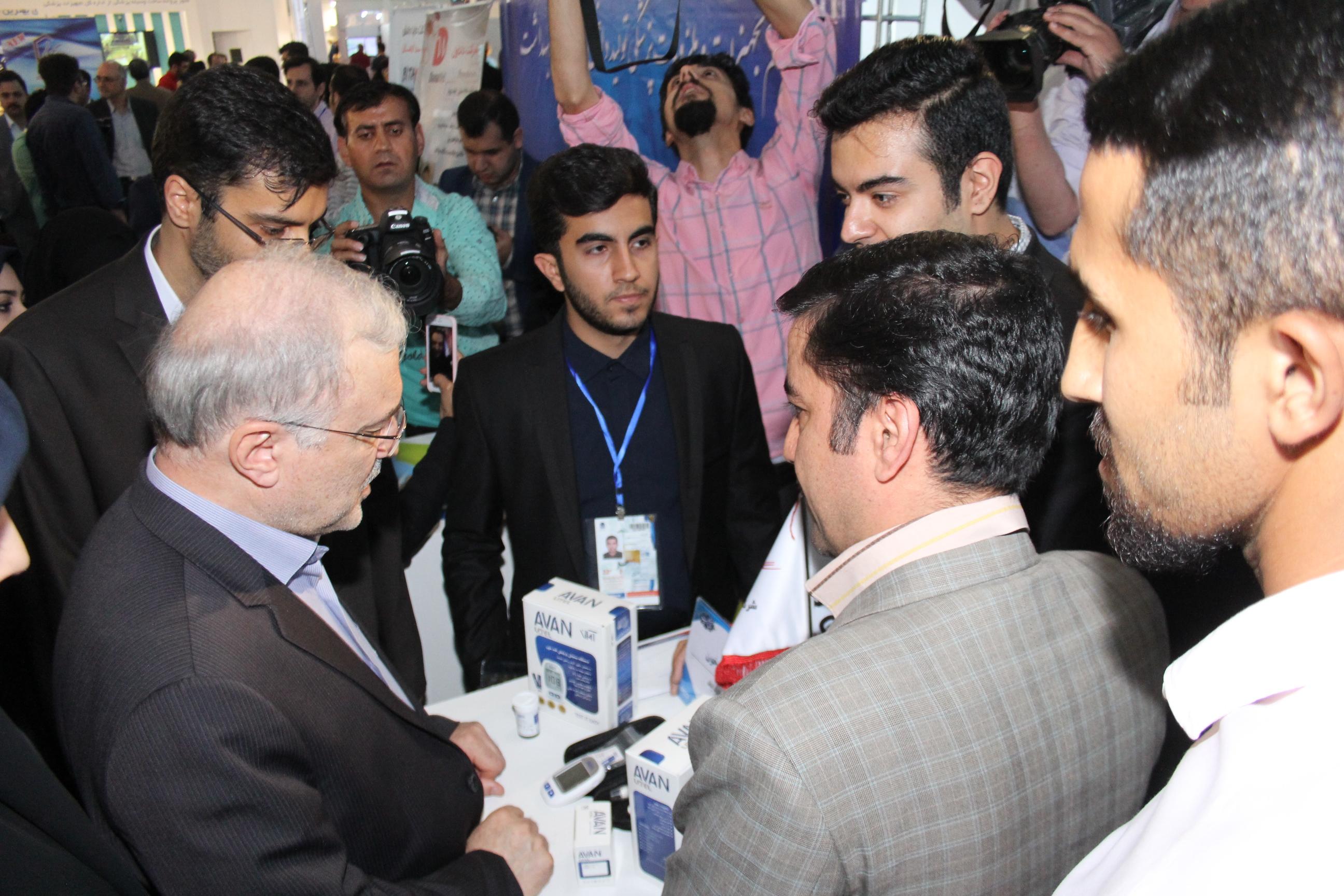 رونمایی از اولین دستگاه تست قند خون ایرانی